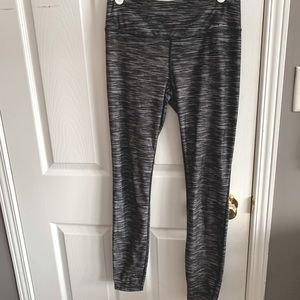 Eddie Bauer Trail Tight Legging